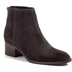 Size 6 / 36 Rag and Bone Wesley Grey Suede Boot